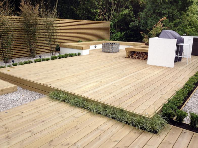 London decking london garden fencing londons premier for Garden decking companies